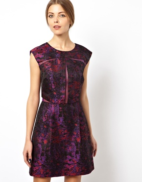 http://www.asos.com/it/ASOS-Black-Prom-dress-in-tessuto-jacquard-e-organza/6da9s/?iid=3115324&mporgp=Lw..
