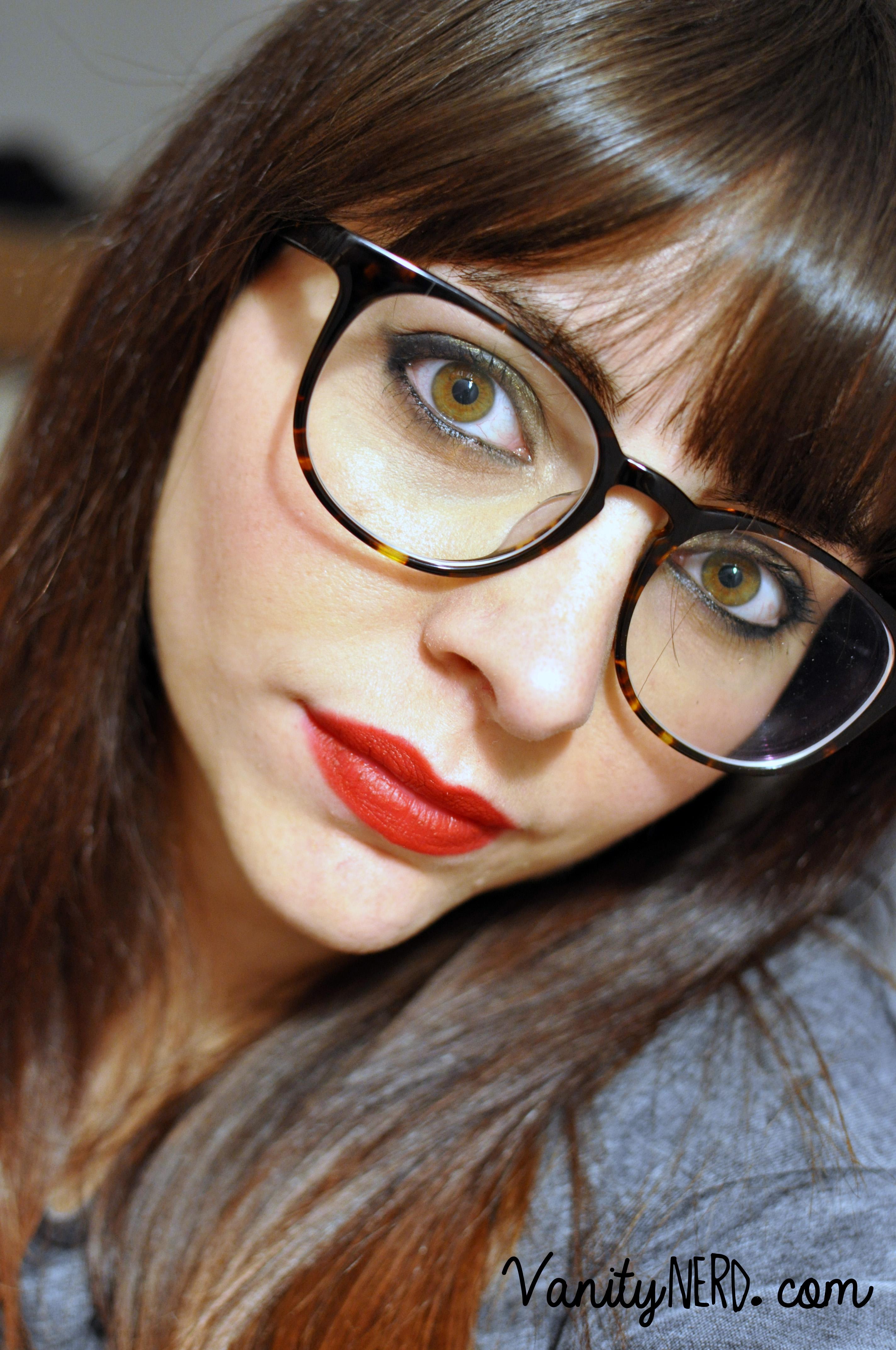 È difficile fare foto ingannatrici con gli occhiali, abbiate pazienza