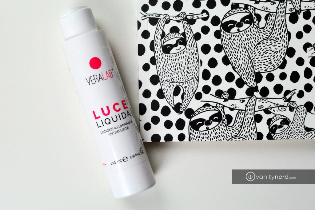estetista-cinica-recensione-luce-liquida
